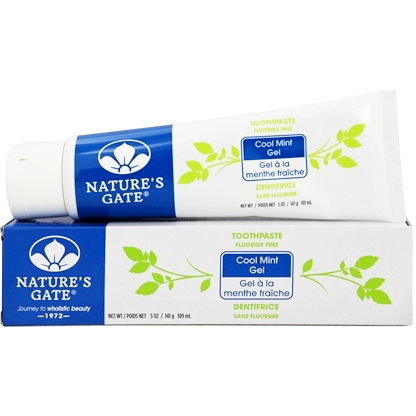 NATURE'S GATE - FLUORIDE FREE TOOTHPASTE - (Cool Mint Gel) - 6oz