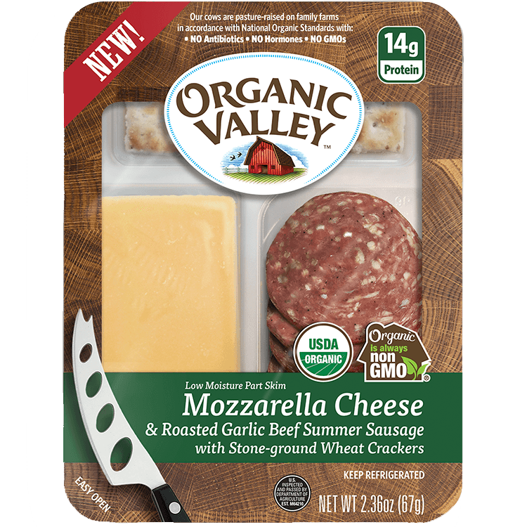 ORGANIC VALLEY - MOZZARELLA CHEESE&ROASTED GARLIC BEEF SUMMER SAUSAGE /w CRACKERS - NON GMO - 7.36oz